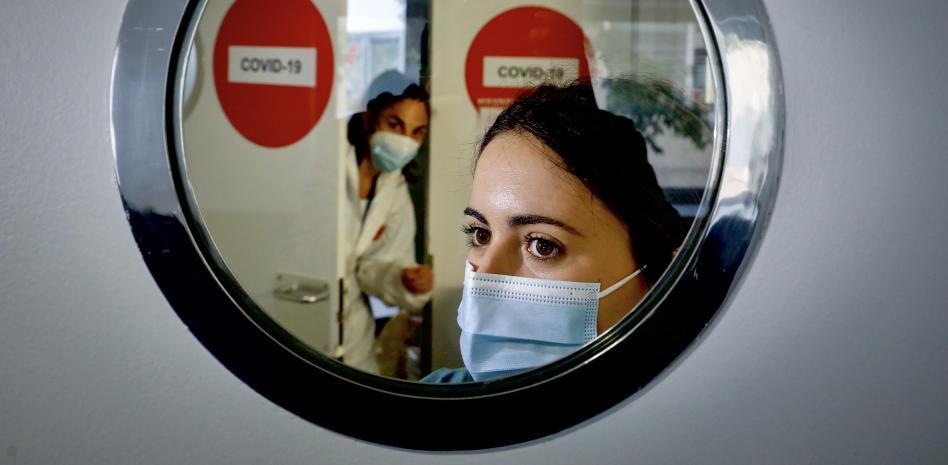 Espanya té un dèficit de 24.000 infermeres