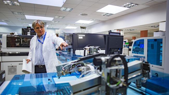 El papel del laboratorio en la infección por el virus C