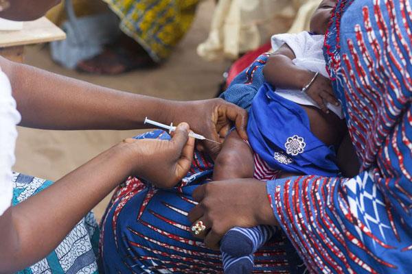 Uganda es converteix en el primer país d'Àfrica en assolir l'objectiu de l'OMS de combatre l'hepatitis B